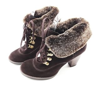 Clarks Indigo Fur Heeled Booties Size 5M